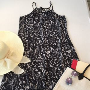 Old Navy M Black & White Tropical Sheer Cover Up